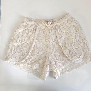 Abercrombie Kids Ivory Lace Shorts 11/12 EUC